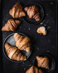 san francisco croissant taste off Mini Desserts, Dessert Recipes, Food Photography Styling, Food Styling, Matcha Milk, Chocolate Croissant, Freshly Baked, Recipe Of The Day, Pain