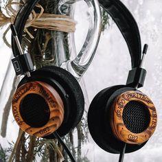 Como fuimos pioneros en anunciar @gradolabs lanza la segunda Edición Limitada de la Heritage Series: el modelo de #auriculares GH2. Además del auténtico sonido #GRADOlabs cuentan con un acabado en madera de #cocobolo y la característica estética #retro de la firma de #Brooklyn. Ya puedes realizar tu reserva desde España en la red de distribución Sound&Pixel Planet. #headphones #hifi #music #madeinusa #altafidelidad #audiofilo #audiophile #musica #lifestyle #artesania #tecnologia #musica via…