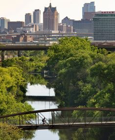 Milwaukee sits at the confluence of three rivers. Use them as a blueprint to explore two distinct pockets of the city. Michigan Travel, Lake Michigan, Midwest Weekend Getaways, Visit Milwaukee, How To Book A Cruise, Three Rivers, County Park, River Walk, Great Lakes
