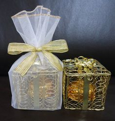 Gift Wrapping, Gifts, Coming Out Party, Web Hosting Service, Quinceanera, Party Candy, Ideas, Paper Wrapping, Wrapping Gifts