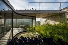 LenS House is a modern concrete house was designed by Obra Arquitetos for a couple with the idea of providing a contemplative and reflective space Amazing Architecture, Contemporary Architecture, Art And Architecture, Casa Patio, Concrete Projects, Architect House, House Built, Deco Design, My House