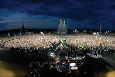 SONISPHERE - Rome - 1 July - 69 Euro  On  the first of July the capital of Italy will also become the European capital of hard rock. The biggest star of this year's Sonisphere will be Metallica, featuring another legend of heavy riffs - Alice In Chains. it.sonispherefestivals.com