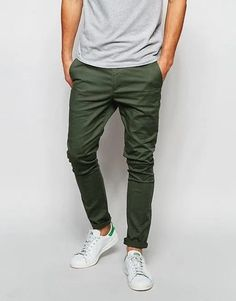 DESIGN super skinny chinos in dark khaki - Appearance - Best Outfits Style Super Skinny Chinos, Chinos Men Outfit, Joggers Outfit, Costume Africain, Look Adidas, Moda Formal, Stylish Mens Outfits, Herren Outfit, Mode Outfits