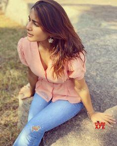 Samantha Ruth, Samantha In Saree, Samantha Images, South Actress, South Indian Actress, Beautiful Indian Actress, Beautiful Actresses, Girl Photo Poses, Girl Photos