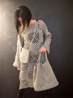 VMSomⒶ KOPPA: isoäidinneliö the bag or the tunic in a shorter version amazing girl!!