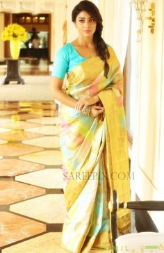 Actress Shriya in gold checks silk saree photos at VRK silks showroom, Warangal. She looks traditional in silk saree with blouse. Indian Beauty Saree, Indian Sarees, Silk Sarees, Saris, Indian Attire, Indian Wear, Indian Outfits, Indian Clothes, Beautiful Saree