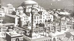 Augustaion would be used on ceremonial occasions and later as a forecourt of Hagia Sophia. This rectangular court was in front of Hagia Sophia. Byzantine Architecture, Religious Architecture, Historical Architecture, Art And Architecture, Ancient Architecture, Hagia Sophia Museum, Istanbul, Library Of Alexandria, Fantasy City