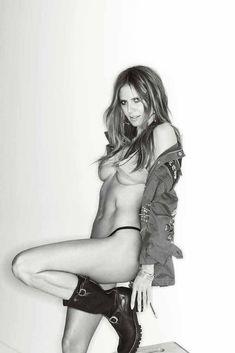 Heidi Klum goes topless for Maxim May/June 2018 - My Face Hunter