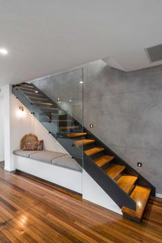 Modern Staircase Design Ideas - Stairs are so common that you don't provide a reservation. Have a look at best 10 instances of modern staircase that are as stunning as they are . Home Stairs Design, Modern House Design, Home Interior Design, Exterior Design, Modern Stairs Design, Contemporary Design, Stair Design, Railing Design, Stair Railing
