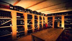 Es ist egal, ob das Glas halb voll oder halb leer ist.  Entscheidend ist, wieviele Flaschen noch da sind 😂‼️😂 Grüße aus dem Z Weinkeller Offenburg 💜