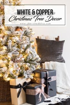 4 Easy Steps For Developing A Sunroom This Flocked White And Copper Christmas Tree Brings Coziness Into Any Space Learn How To Decorate A Tree With These Simple Tips Christmas Table Centerpieces, Christmas Table Settings, Christmas Tree Decorations, Holiday Decor, Xmas Tree, Christmas Home, Christmas Nails, Christmas Crafts, Christmas Ideas