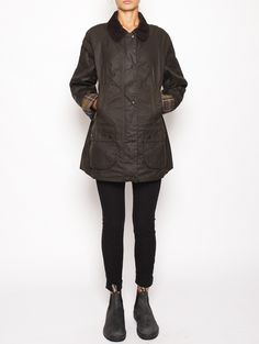 Barbour - Classic Beadnell wax Jacket - LWX0668OL71