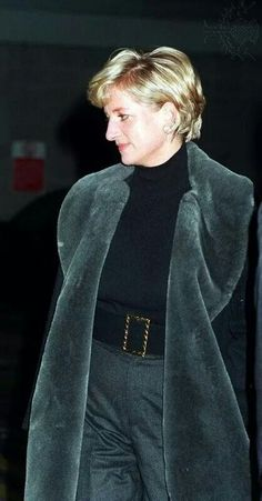 Diana Princess of Wales in the departure lounge at London's Heathrow Airport.A♥W