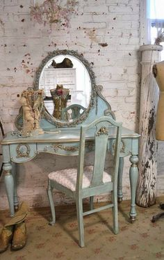 Simple and Crazy Tips Can Change Your Life: Shabby Chic Living Room Curtains shabby chic bedroom bedding.Shabby Chic Home Interior shabby chic salon romantic. Shabby Chic Decor, Shabby Chic Dresser, Shabby Chic Garden, Chic Kitchen, Chic Decor, Chic Bedroom, Shabby Chic Furniture, Chic Home Decor, French Provincial Furniture