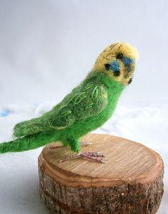 needle felted budgerigar by Felt Owls, Felt Birds, Felt Art, Needle Felting, Parrot, My Etsy Shop, Arts And Crafts, Animals, Tutorials