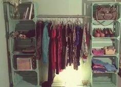 Organiza tu armario con cajas de palets