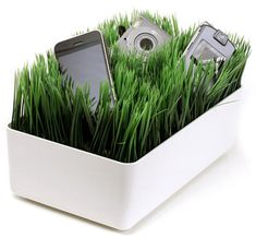 Grassy Lawn Charging Station. I know I've pinned this before but I just love these. I want one so bad