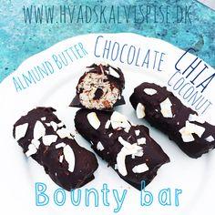 Sunde og lækre bounty bar. Aftenen før – Sæt en dåse kokosmælk på køl. – Jeg har altid en til to dåser kokosmælk på køl. Dagen efter. Smelt chokoladen, over et vandbad. – pas på d…