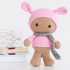 Cute little Pinki. Free pattern (use Google translate)