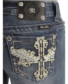 Miss Me Rhinestone Embellished Winged Cross Applique Jeans - Extended Sizes Cute Country Girl, Country Girls Outfits, Bling Jeans, Cute Fashion, Style Fashion, Mommy Style, Shorts With Tights, Rock Revival Jeans, Old T Shirts