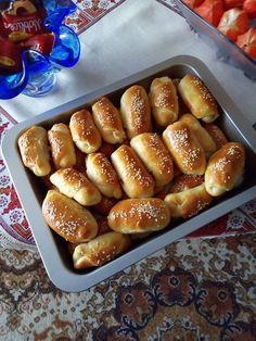Greek Desserts, Greek Recipes, Pizza Tarts, Food Gallery, Food Tasting, Snacks, Sweet And Salty, Creative Food, Hot Dog Buns