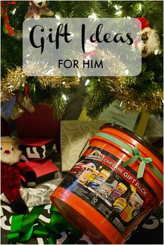 gift ideas for every kind of guy on your holiday list, like the car guy (Car Care Pack from @walmart  #ArmorAllGiftPack #Pmedia #ad