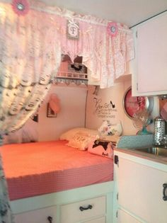 "Love the idea of a curtained area, wall decal, clock, fan, and handle on cabineta. Reposted: Franny Bobbit's ""Miss Marilyn"" Vintage Rv, Vintage Caravans, Vintage Travel Trailers, Retro Campers, Happy Campers, Vintage Campers, Small Campers, Trailer Decor, Trailer Interior"