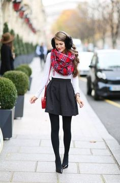 36 ideas party outfit winter skirt tights for 2019 Christmas Party Outfit Casual, Casual Winter Outfits, Holiday Outfits, Night Outfits, Outfits For Teens, Girl Outfits, Fashion Blogger Style, Girl Fashion, Dress Fashion