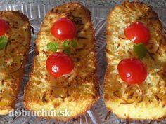 Fotorecept: Cesnakové zapekačky so syrom - Voňavé a chrumkavé raňajky alebo večera. Zdravšie ako pražené. Používam staršie pečivo alebo...