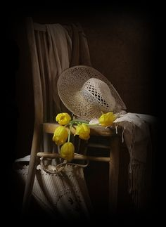 Mawra Hocaine - Chair with Tulips and Straw Hat Still Life Photos, Still Life Art, Yellow And Brown, Mellow Yellow, Color Splash, Color Pop, Colour, Vibeke Design, Still Life Flowers
