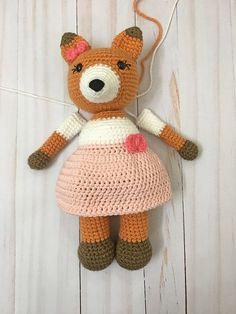 Emma the Fox - A Free Crochet Pattern | Grace and Yarn