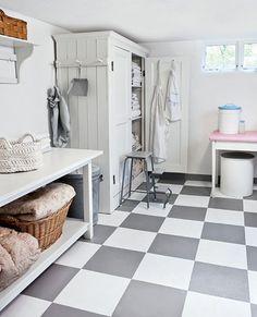 dream laundry room, love the linen cupboard Basement Laundry, Laundry In Bathroom, Garage Laundry, Laundry Area, Grande Armoire, White Laundry Rooms, Checkered Floors, Linen Cupboard, Laundry Cupboard