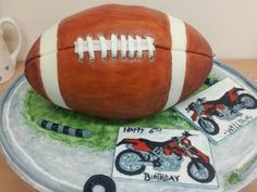 Rugby Cake by possum Rugby Cake, Best Cake Ever, 21 Men, Cakes For Men, Sugar Art, Grooms, Amazing Cakes, Birthday Ideas, Cake Decorating