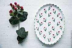 Купить Красные тюльпанчики. Сервировочная тарелка, керамика - Керамика, керамика ручной работы, керамическая посуда