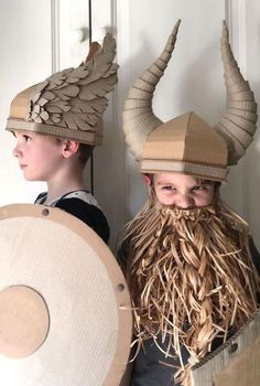 DIY Cardboard Costume Viking Helmet with Horns wings and horns Cardboard Costume, Cardboard Crafts, Paper Crafts, Cardboard Boxes, Diy Paper, Diy For Kids, Crafts For Kids, Arts And Crafts, Diy Crafts