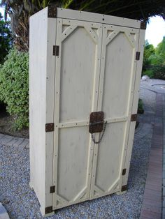 """(RS 44) Exclusive Rustic Khaki Clothing Cabinet.   Dimensions L 950 x W 540 x H 1840 mm. Price R4 925. Can be ordered in dimensions and colours of your choice and in """"rustic"""", """"whitewash"""" or """"shabby chic"""" finishes! For full pricelist send email to humanr@telkomsa.net FB: http://www.facebook.com/RoesSkroef"""