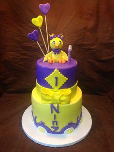 Ducky Cake Custom Cakes, Birthday Cake, Desserts, Food, Personalized Cakes, Birthday Cakes, Meal, Personalised Cake Toppers, Deserts