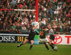 The Springboks beat the All Blacks at RWC 1995 at Ellis Park in South Africa.