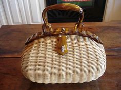 Lesco Lona Wicker & Lucite Basket Purse