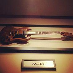ACDC AngusYoung