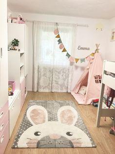 #kinderzimmer #livingchallenge  Unser vor kurzem renoviertes Mädchenzimmer mit dem geliebten Häschen-Teppich