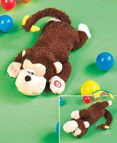 A Rolling and Laughing Animal will have everyone in stitches with his contagious silliness. Squeeze his paw to get him rolling around and giggling. His tail spi