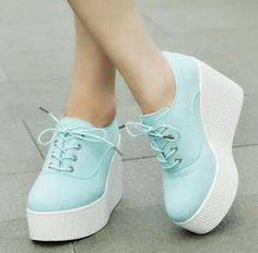 2015 new autumn floral canvas wedges shoes platform casual shoes lacing women's ultra high heels shoes women sneakers Sneakers Mode, Casual Sneakers, Sneakers Fashion, Casual Shoes, Fashion Shoes, Moda Sneakers, High Heel Sneakers, Style Fashion, Girls Shoes