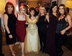 Reba McEntire, Kellie Pickler, Loretta Lynn, Lee Ann Womack, Martina McBride and Gretchen Wilson