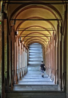 666 arches, a path of prayer,Bologna,Italy What a nice walk in prayer!