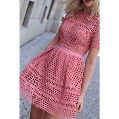 B l u s h Favorittkjolen Emily Dress fra By Malina har nå kommet inn i denne fantastiske fargen Du finner den på Carma.no nå✔️   #bymalina #carma_no
