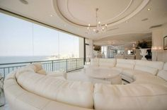 LOVE this sofa! ❤️