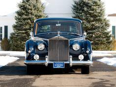 Front View Rolls-Royce Phantom V