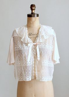 Vintage 1930s Silk and Lace Bed Jacket from Raleigh Vintage-inspiration for Mimi's bed jacket