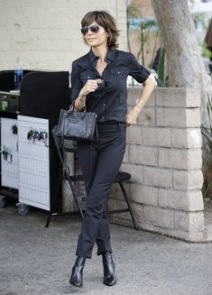 Lisa Rinna Photos Photos - Actress and reality star Lisa Rinna rocks an all black ensemble while enjoying lunch at Palm in Beverly Hills, California on April 23, 2015. It was recently announced that Lisa will play Kris Jenner in a O.J. Simpson murder trial miniseries! - Lisa Rinna Lunches in Beverly Hills